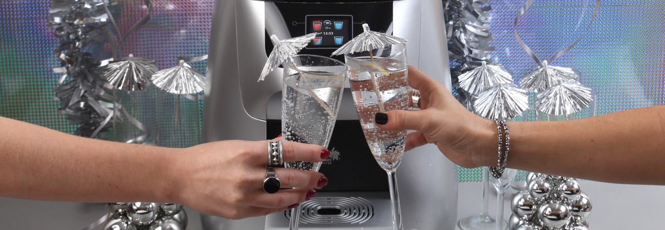 למה שתייה מרובה של מים צריכה להיות ההחלטה שלכם לשנה החדשה?