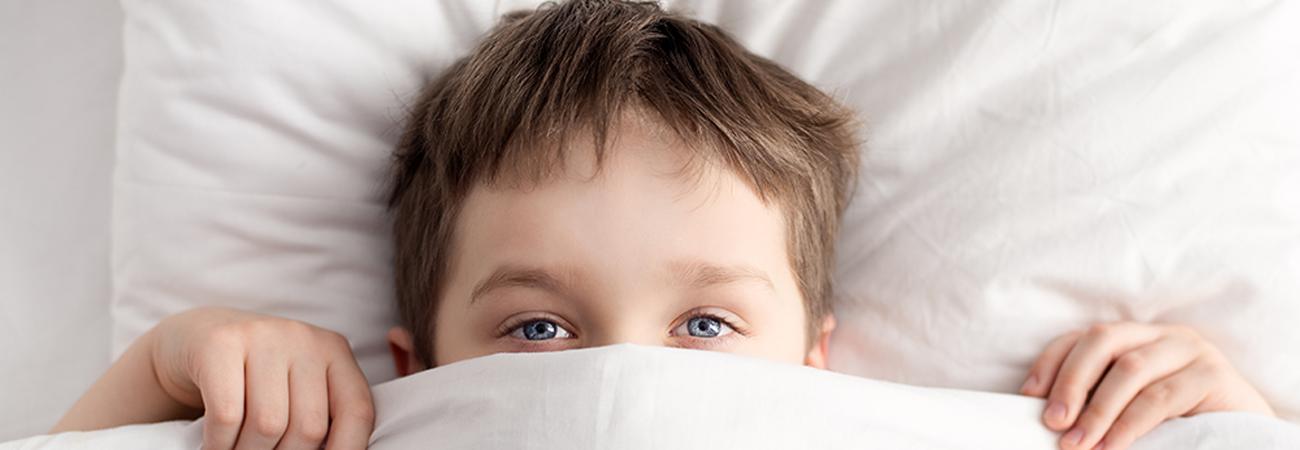 הקשר בין הרטבת לילה לבין מחסור בשתייה בקרב ילדים